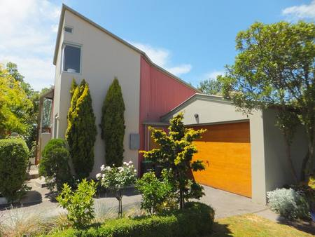 Buy Rivermoor Townhouse in NZ. Rivermoor Townhouse -  Architecturally planned townhouse, close to municipality and just a few proceedings walking to the stream!  It&#